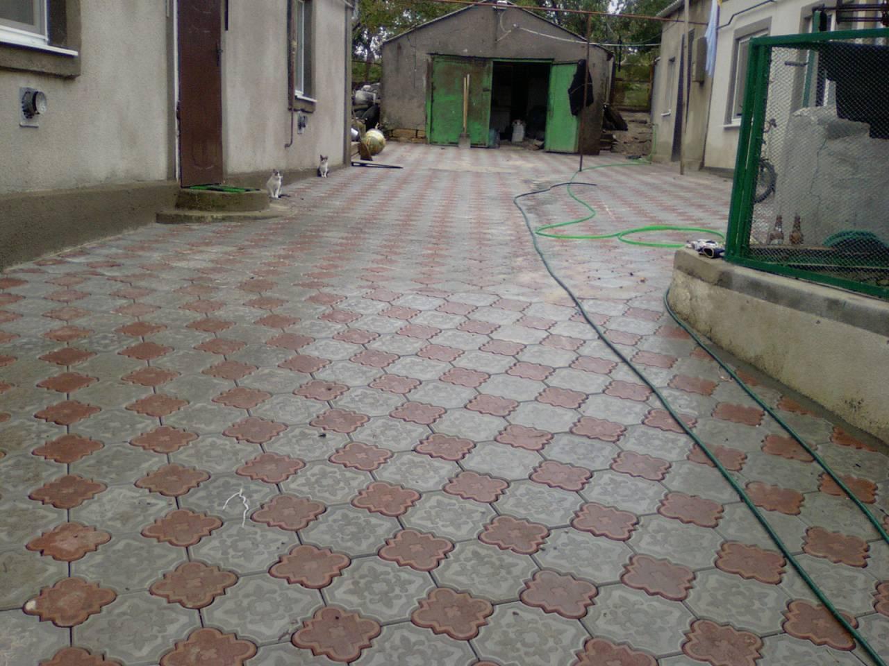 Укладка тротуарной плитки ромашка своими руками